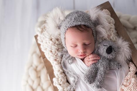 Best Newborn Photographer Wollongong NSW