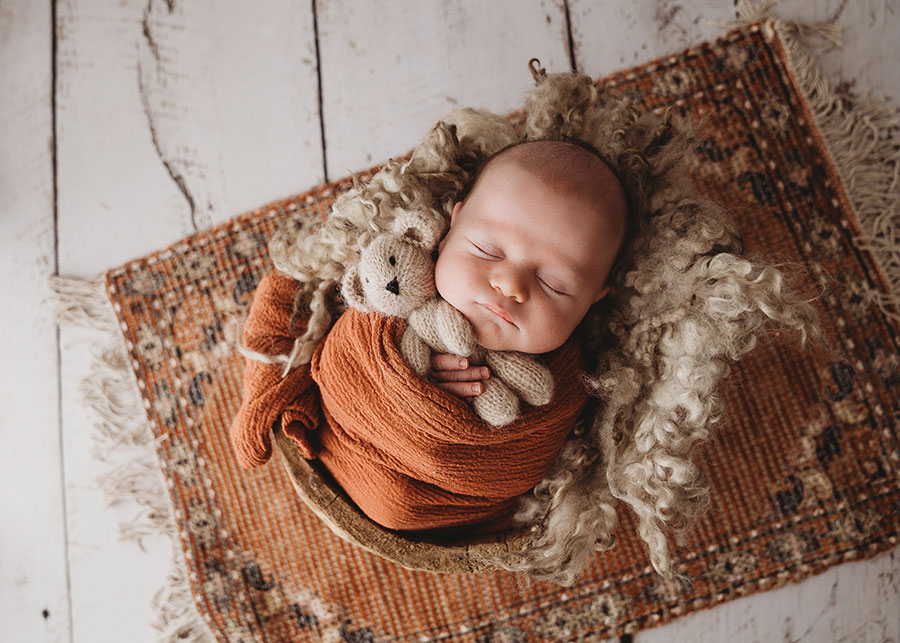 Book a newborn photo shoot